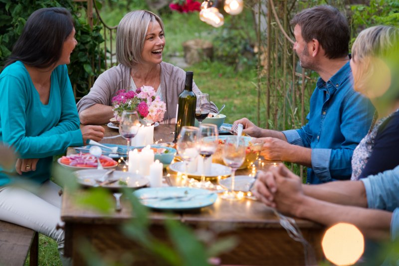Eating outside with dental implants in Carlisle